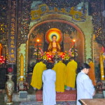 Buddhistische Zeremonie auf Marble Mountains