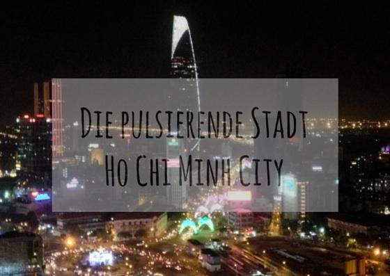 Ho Chi Minh City nachts mit Blick auf Bitexco Tower