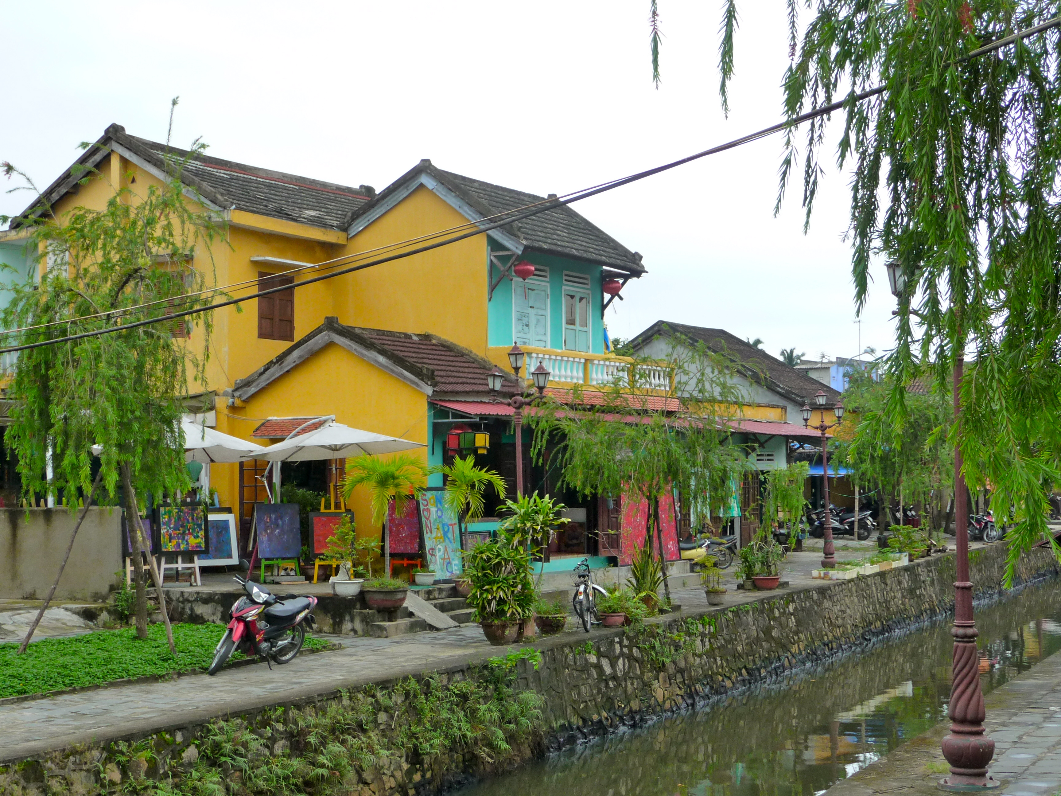 Häuser an Flussufer in Hoi An