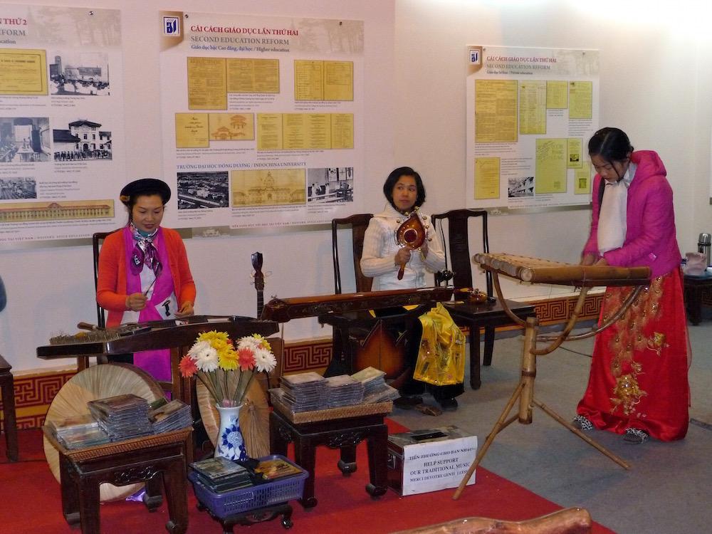 Musikerinnen in Hanoi